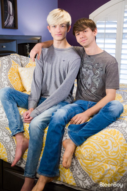 8teenBoy – Caleb Gray, Aaron Roberts