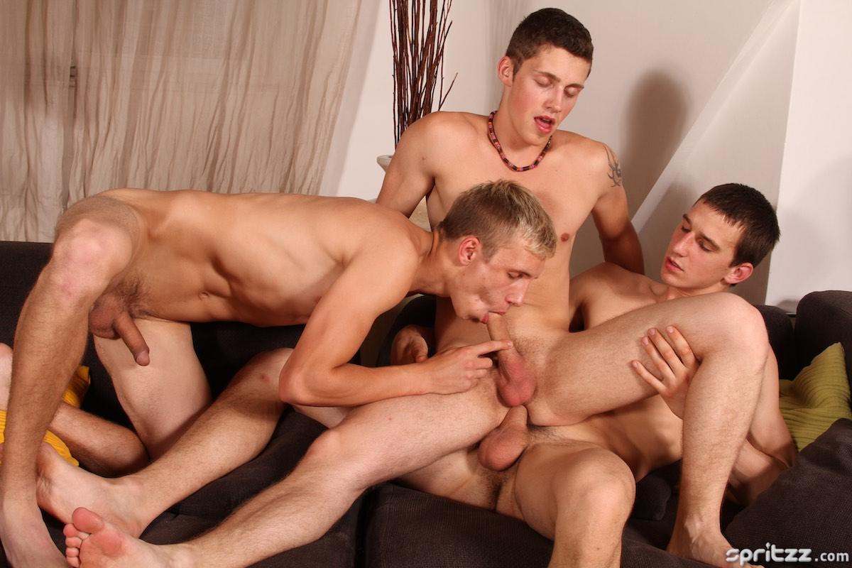 Spritzz – Lukas Pribil, Jeffrey Foster, Benjamin Dunn