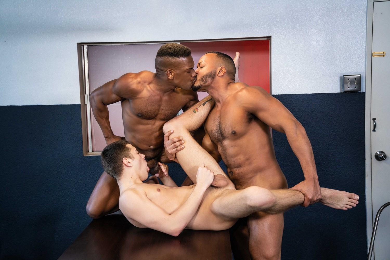 Men.com – Joey Mills, Adrian Hart, Dillon Diaz