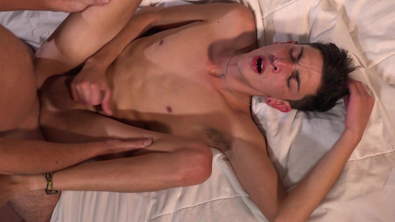 Bareback Me Daddy – Sergei Alec, Daniel
